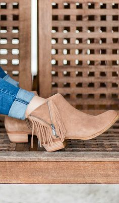 Lucky Brand Beeliner fringe booties with destroyed denim jeans styled by blogger Ashley Brooke Nicholas. Click through this pin to see this cute fall outfit idea + learn where to buy each item. #Zapposstyle #MyLuckyBrand sponsored by @zappos  @luckybrandjeans