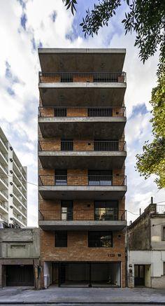 Galería de Edificio Rodriguez 1123 / Garnerone + Ramos Arq - 7