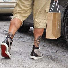 Cristian Rubtan Sneaker #mensfashion #streetsnap #tattoo