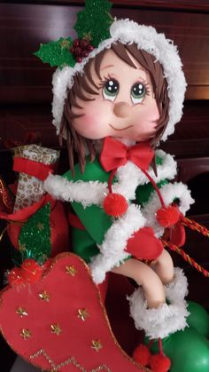 Christmas Elf, Xmas, Polymer Project, Clay Art, Special Day, Diy And Crafts, Projects To Try, Dolls, Holiday Decor