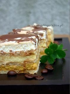 Quick Biscuit Cake - Recipe in Polish Polish Desserts, Polish Recipes, No Bake Desserts, Just Desserts, Delicious Desserts, Sweet Recipes, Cake Recipes, Dessert Recipes, Sweets Cake