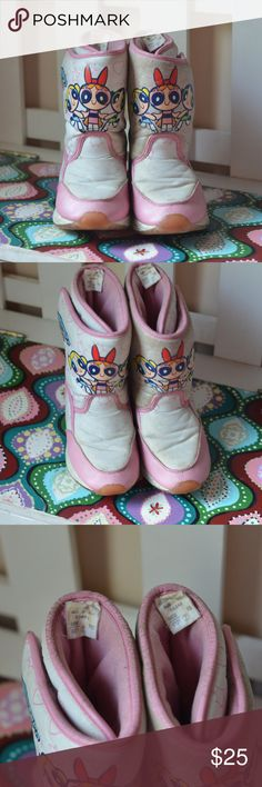 e7d0f39988f6 Powerpuff Girls Winter Snow Boots Size 2 2000 Powerpuff Girls Winter Snow  Boots Size 2 Pull On Cartoon Network Velcro 2000 US size 2 girls.