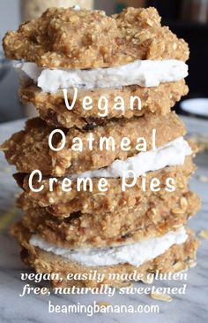 Copycat oatmeal creme pies that are healthy!! Easy to make and so fun to eat. Vegan + gluten free + naturally sweetened beamingbanana.com
