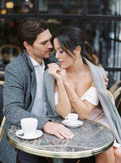 Couple Photoshoot Poses, Couple Photography Poses, Couple Shoot, Engagement Photography, Engagement Session, Romantic Couples, Cute Couples, Paris Engagement Photos, Paris Couple