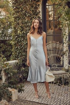 Slip Dress Outfit, The Dress, Dress Outfits, Satin Dresses, Nice Dresses, Casual Dresses, Summer Dresses, Women's Casual, Style Parisienne