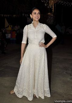 Aditi Rao Hydari looks pretty in a very ethnic crop shirt and palazzos. via Voompla.com