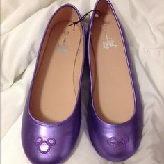 Purple Disney flats New with tags, never worn. Authentic Disney from Disney World. Disney Shoes Flats & Loafers