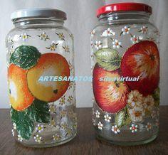 decoupage em vidro - Pesquisa Google Bottle Painting, Bottle Art, Mason Jar Crafts, Mason Jars, Decoupage, Carafe, Glass Bottles, Glass Art, Christmas Crafts