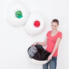 Polyp wasmand Helene Steiner= ruimtebesparend + blikvanger aan de muur