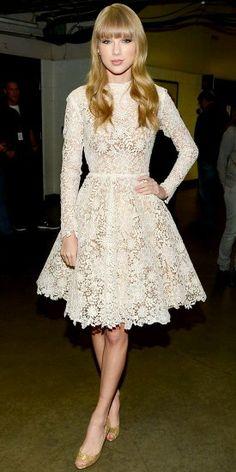 Taylor swift vintage knee length lace dress