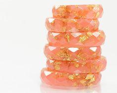 claro anillo de resina 7 eco facetado suave de por RosellaResin