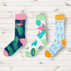 Nice Apple Crazy Socks Casual Cotton Crew Socks Cute Funny Sock great for sports and hiking
