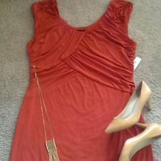 """Modern Orange Dress NEW   Gorgeous fitted stretch dress. Ruching & drapping design with pinched elastic sides/neck/arms.   **ACTUAL SIZE XL BUT RUNS BIG... MORE XXL/1x 39"""" Long Dresses"""
