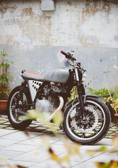 Yamaha Brat Style #motorcycles #bratstyle #motos | caferacerpasion.com