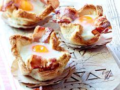 Toastmuffins mit Ei und Bacon