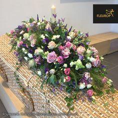 Funeral Floral Arrangements, Beautiful Flower Arrangements, Beautiful Flowers, Casket Sprays, Funeral Tributes, Memorial Flowers, Funeral Memorial, Sympathy Flowers, Flower Spray