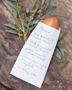 #minuta en una #paperbag para el pan Imagen: Magnolia Rouge