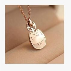 Buy Nanazi Jewelry Lucky Cat Necklace at YesStyle.com! Quality products at remarkable prices. FREE WORLDWIDE SHIPPING on orders over US$35.