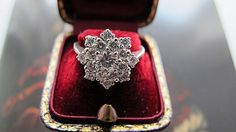 Flower shaped engagement ring