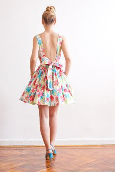 Low back floral dress. Lana Stepul.