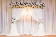 Wedding Reception Outfit, Wedding Stage, Home Wedding, Wedding Venues, Wedding Day, Diy Backdrop, Backdrop Decorations, Wedding Table Decorations, Backdrops