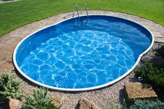 Don't have the space for a large pool? Here are some ideas on how to design and build the best small pools for small yards. I want one!!!