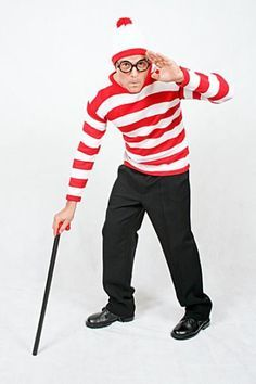 Como fazer uma fantasia de Wally. Wally é uma personagem dos livros infantis 'Onde está Wally?'. Esta personagem ficou famosa pela brincadeira 'Onde está Wally?', onde temos de procurar Wally numa imagem com muitas pessoas. Já pensou ... #fantasias #carnaval #wally