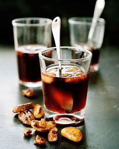 Varm glögg på granatäpple (alkoholfri)