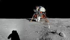 Apollo 11 First man on the moon / interactive panoramas, with audio! / via dino