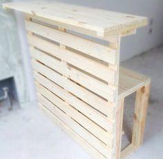 Pallet Crafts, Diy Pallet Projects, Wood Projects, Wooden Pallet Furniture, Wood Pallets, Diy Furniture, Decoration Palette, Palette Diy, Pallet Bar