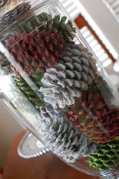 Cheri's Blog: DIY-Making Glittering Pinecones. Need to pick up the pinecones in work parking lot.