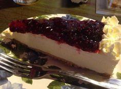 Torta de Ricota com Geleia de Mirtilio