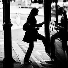 Women starts her morning commute. #street #streetphotography #streetphoto #streetphotographer #pixture #photooftheday #bokeh #urban #moodygrams #igmasters #photooftheday #artist #portrait #vsco #walking #bus #women #london #sillouhette #instalike #instafollow by justin.street