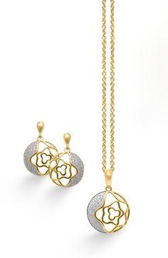 Conjunto de #joyas elegantes, con un gran diseño, #gargantilla y #pendientes en #plata, bañadas en #oro y #circonitas engastadas, tu complemento ideal.