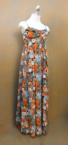 A Fun Long Maxi for a Day out with some friends at Brunch.. Paired with your Favorite Sandels