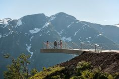 code arkitektur has constructed a large, triangular concrete platform that measures just 80 centimeters thick.