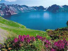 天池 Tianchi (Heavenly Lake)