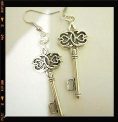 *BI.BIJOUX* SHIPPING WORLDWIDE-LOW PRICES-PAYPAL #handmade #madewithlove #bibijoux #bijoux #accessories #jewels #diy #necklaces #bracelets #rings #earrings #fashion #shopping #accessori #gioielli #collana #collane #necklace #bracciali #bracciale #ring #anello #anelli #fattoamano #braceleti #orecchino #orecchini #ordine #negozio #gift #chiavi #chiave #keys #key #wonderland #alice