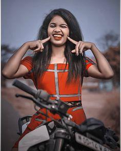 Cute Girl Photo, Beautiful Girl Photo, Beautiful Girl Indian, Beautiful Girl Image, Girl Photo Poses, Stylish Girls Photos, Stylish Girl Pic, Girl Pictures, Girl Photos