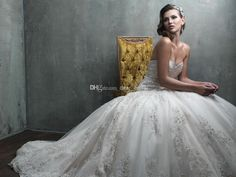 Cheap Bridal Gowns - Discount Vintage Ball Gown Sweetheart Organza Beaded Custom Made Online with $152.88/Piece | DHgate