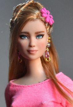 Savannah- Divergent Tris Barbie Doll OOAK Repaint by Doll …   Flickr
