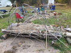 Bushcraft in High School Outdoor School, In High School, Bushcraft, Classroom, Cool Stuff, Class Room, Camping Survival