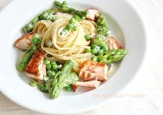 Creamy Pasta with Asparagus and Peas