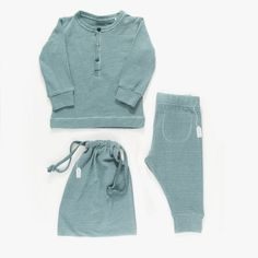 Just in time to keep his little arms and legs warm.  All organic cotton set includes leggings and long sleeve button top with matching storage bag.  A great gift!  Also available in soft winter white. Top with a matching cotton hat. Sizes  9M, 12M, 18M