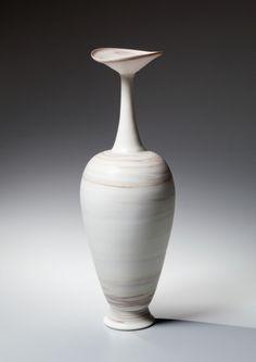 Ito, Hidehito, Ito Hidehito, neriage, marmóreo, porcelana, porcelana marmóreo, japonés, cerámica, 2015, cerámica japonesa contemporánea, cerámica contemporánea, ánfora, botella