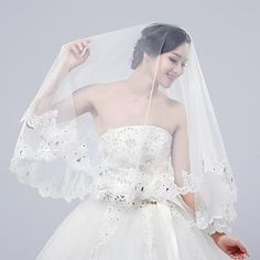 2015 Preheated Wedding Apparel Wedding Accessories Wedding Veils Charming Beaded Two Tiers Two Colors Veil BR6181009 - USD $ 9.99