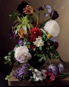 Floral Still-Lifes That Recall Old Masters Paintings - Sharon Core