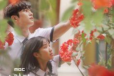 "The next MBC drama ""Extraordinary You"" has revealed its official posters! Manhwa, Best Kdrama, Mbc Drama, Hidden Movie, Kim Sang, Acting Skills, Fantasy Romance, Cha Eun Woo, New Poster"