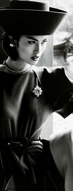 Portrait of A Lady - Vogue China, December 2013 V
