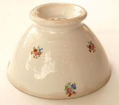 Bol en faïence de Sarreguemines et Digoin, petites fleurs polychrome. Old Bowl.